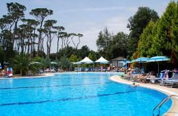 zonvakantietoscane-camping-zwembad-800x600